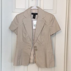 Short sleeved Jacket